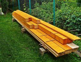 Jak przygotowywać drewno pod lakierowanie i bejcowanie?